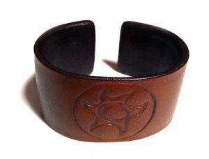 Betty Belts leather bracelet